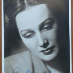 Actrita Tanti Cocea, fotografie alb - negru cu autograf, din timpul razboiului