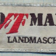 139 -EMBLEMA -HOFFMANN LANDMASCHINEN(MASINI AGRICOLE) -GER. -starea care se vede - Uniforma militara
