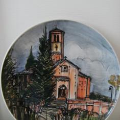 Superba farfurie decorativa  portelan  veche,marcata Ceramiche Laveno,de decor.