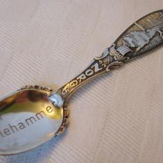 Impresionanta lingurita argintata inscriptionata NORGE LILLEHAMMER, Tacamuri