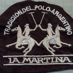 175 -EMBLEMA -TRADICION DEL POLO ARGENTINO -LA MARTINA -starea care se vede