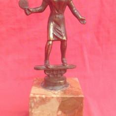 Statueta bronz - Jucator de tenis pe soclu de marmura !!!