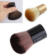 1 Pensula MAC PRO - Kabuki Pentru Fond De Ten - Pensula machiaj