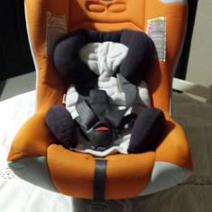 Chicco scaun auto copii de la 0 la 36 luni cu adaptor si Husa portocalie, 0+ (0-13 kg), In sensul directiei de mers, Isofix
