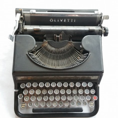 Masina de scris - Olivetti - 1930