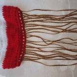 Caciulita impletita manual din lana, cu franjuri, rosu-alb-albastra