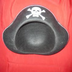 Palarie Pirat, margine argintie, d.interior= 18 cm - Costum Halloween, Marime: M, Culoare: Negru