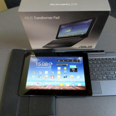 VAND : ASUS Transformer Pad TF701T, 10.1 inch, Quad 1.7GHz, 32GB, cu keyboard - Tableta Asus Transformer Pad