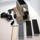 Diaproiector Vintage Braun PA2 fabricat 1957(1411)