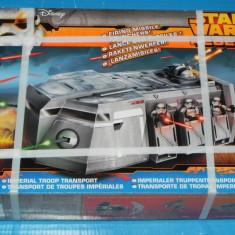 JUCARIE HASBRO vehicul TRANSPORTOR TRUPE STAR WARS CU LANSATOR DE RACHETE