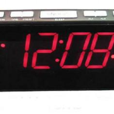 Ceas cu ecran LCD si Radio FM - Ceas desteptator