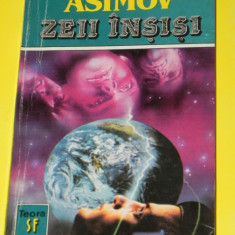 Zeii insisi - Isaac Asimov (05431 - Carte SF
