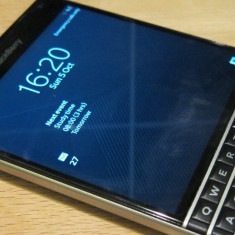 Vand Blackberry Passport 4G LTE - Telefon BlackBerry, Negru, Neblocat