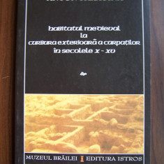 Habitatul medieval la curbura exterioara a Carpatilor in sec. X-XV (2002) - Istorie