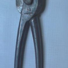 O foarfeca foarte rara de colectie tabla din anii 40 foarfeca metal functionala