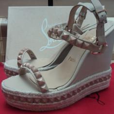 Sandale cu platforma CHRISTIAN LOUBOUTIN Cataclou - PE STOC - Super Promotie!!! - Sandale dama Christian Louboutin, Culoare: Nude, Marime: 39, Piele naturala