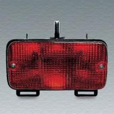 Lumina de ceata spate PEUGEOT 205  1.0 - MAGNETI MARELLI 714025210703