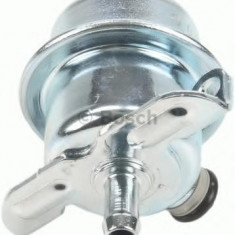 Supapa control, presiune combustibil VOLVO 940 limuzina 2.3 - BOSCH 0 280 160 294 - Regulator presiune auto