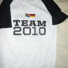 Tricoul Echipei Germaniei in meciul cu Africa Sud 2010, masura M - Tricou echipa fotbal, Marime: M, Culoare: Alb
