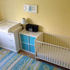 Mobila solida camera nou nascut - masa infasat bebelus comoda tv etajera cub - Set mobila copii