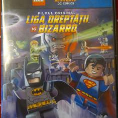 DVD LEGO SUPER EROII DC COMICS: LIGA DREPTATII VS BIZZARO