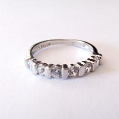 Inel argint rodiat cu zirconia