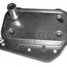Radiator ulei, ulei motor - TRUCKTEC AUTOMOTIVE 02.18.050 - Radiator auto ulei