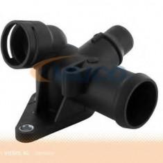 Flansa lichid racire AUDI A4 2.0 - VAICO V10-2542