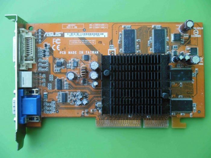 Placa Video Asus Ati 9550 256MB 128biti AGP - ARTEFACTE