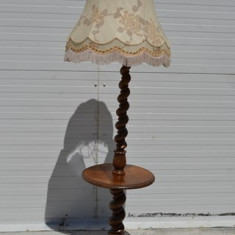 Lampadar neo-baroc