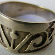 Inel vechi din argint (38)