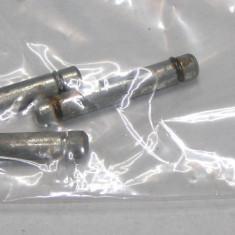 Set pivoti rotila 8mm (1120) - accesoriu mobila