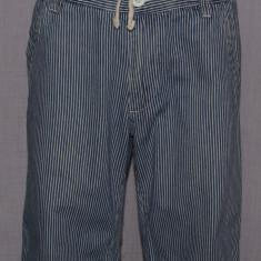 Pantaloni scurti barbati TOPMAN marimea W32 culoarea bleumarin cu dungi, 32