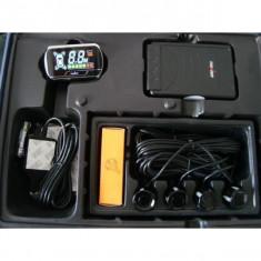 Sistem 4 senzori parcare cu display WIRELESS THUNDER - Solutie curatat geamuri Auto