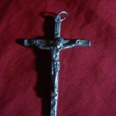 Medalion Crucifix, metal argintat, h= 4, 8 cm
