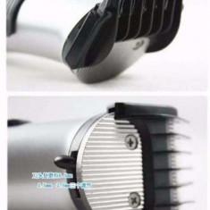 Masina Aparat de tuns barbierit DINGLING RF-609 Pro