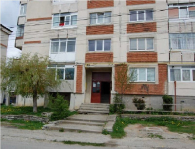 Apartament 2 camere, str. Iezer, nr. 6, Campulung, Arges foto