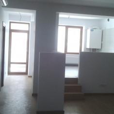 Apartament 3 camere, Str. Carbunarilor, nr 17, Bucuresti + 1 loc de parcare - Apartament de vanzare, 65 mp, Numar camere: 3, An constructie: 2011, Parter
