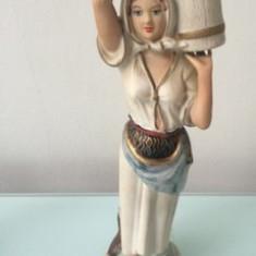 Bibelou portelan mat - Tarancuta (fata) - Bibelou vechi