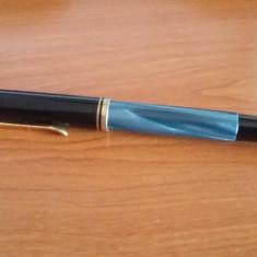 Stilou PELIKAN Classic M200 F, cu piston,