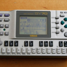 Yamaha Qy70 Audio Sequencer Midi - Orga