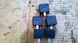 Releu 4  pini  negru  2S7T 14B192 AA   40 A