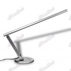 Lampa masa manichiura -argintie