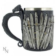 Halbă medievală Săbii și dragon