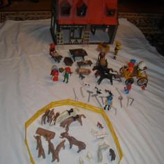 Playmobil - Casa medievala vintage cu trasura si accesorii