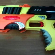 Pistol-mitraliera, Blaster gen Nerf in stare foarte buna - Pistol de jucarie