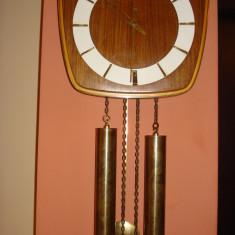 Ceas de perete cu pendul si greutati - Stella Vega - Pendula