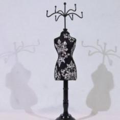 Suport pentru bijuterii - in forma de manechin (culoare: negru)