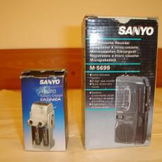 Reportofon SANYO M5699+incarcator SANYO NC-310 ambele NOI