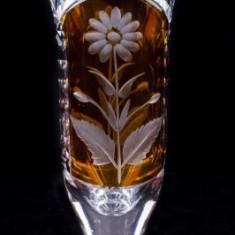 Vaza din cristal (5), h x di : 15 x 7 cm - Vaza sticla